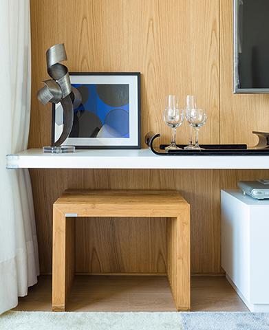 Rack Sala de Estar Apartamento de Jovem Solteiro Tieppo Interiores