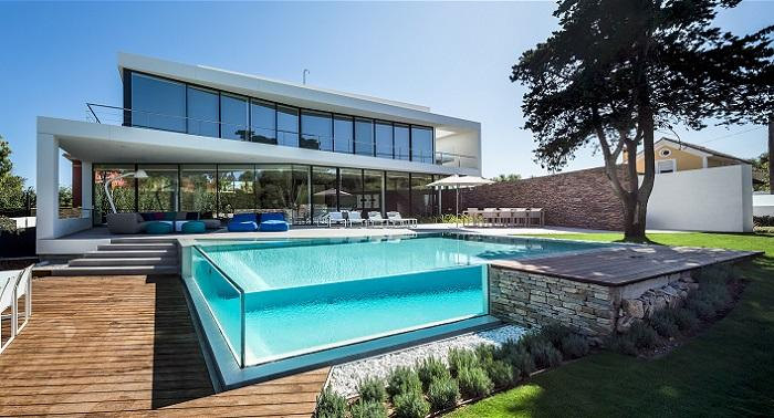 piscinas-de-vidro-4-modelos-com-design-surpreendente-04 (1)