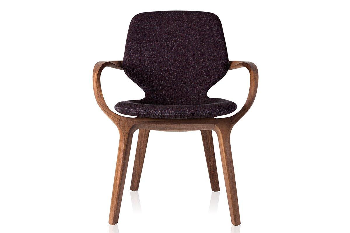 Cadeira Mia, de Jader Almeida